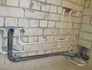 монтаж системы внутреннего водопровода